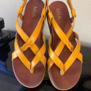 Women's MIA Sandals size 6.5 NWOT